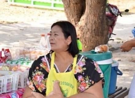 タイのおばちゃんの手がヤバいと話題に