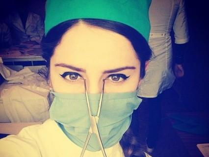 【画像】入院してる人にはたまらないロシアの美人ナース・・・