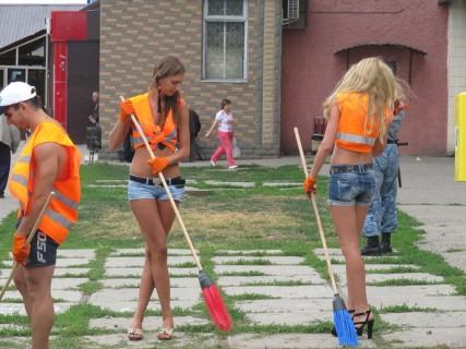 【画像】ロシアの一般人の女の子、レベルが違うスタイルの良さに圧倒