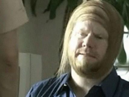 【画像】ハゲが頑張ってやっている髪型・・・