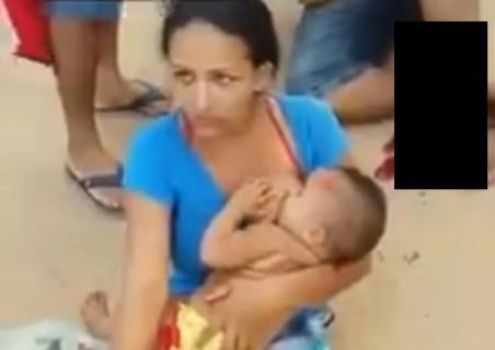 【閲覧注意】赤ちゃんにおっぱいをあげている女性、その姿がヤバすぎると話題に