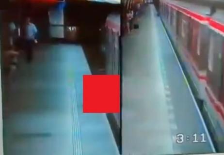 """【閲覧注意】封鎖された地下鉄駅の """"監視カメラ映像"""" 来たけどヤバいな"""