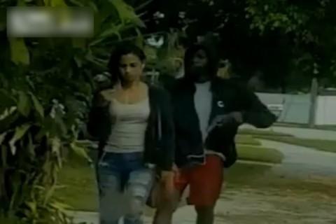 治安が悪いアメリカの街を19歳のセクシーな女子が歩いた結果・・・(動画)