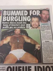 2人の泥棒、男性をレ●プし10年間刑務所にいたゲイの家にたまたま侵入 ⇒ 5日間レ●プされまくる
