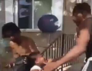 チビがめっちゃ強そうな黒人を「銃で撃つ」と脅した結果・・・(動画)