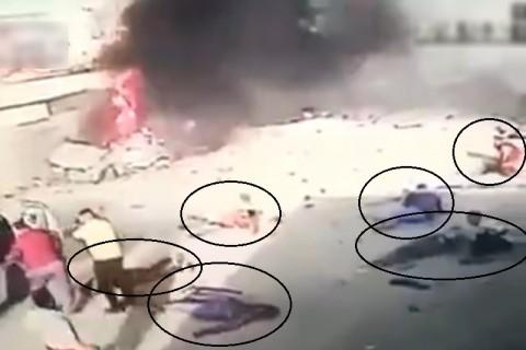 【動画】街中で爆発 ⇒ 関係のない場所で次々と倒れる人々… 一体何が起こった?