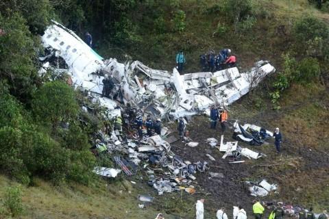【閲覧注意】71人が死亡したコロンビア・飛行機墜落事故の現場からヤバい画像が次々と・・・