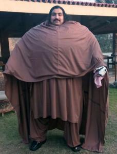 """""""世界最強の男"""" と言われる体重436kg、パキスタンの大巨人をご覧ください"""