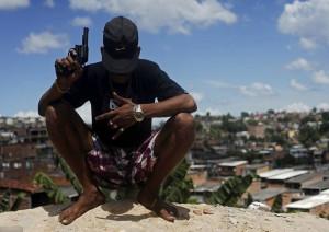 【超!閲覧注意】ブラジルのギャング、ライバルのギャングに物凄いビデオを送る