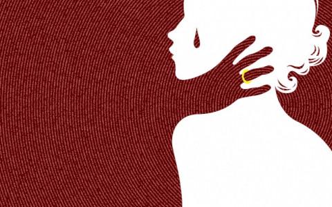 【閲覧注意】17歳の少女が男たちに服を脱がされ…(画像)