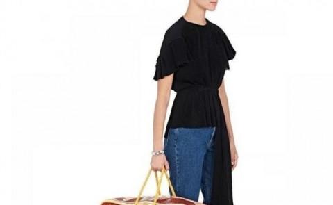 【画像】最近流行ってる30万円のバッグが「ダサすぎる」と話題に・・・