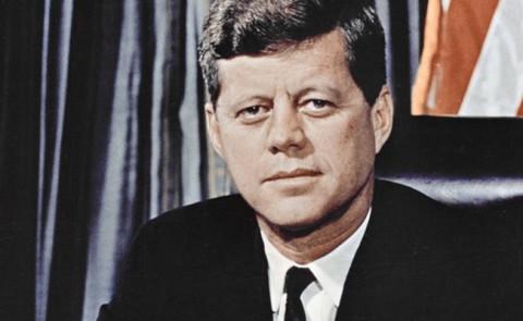 【閲覧注意】ジョン・F・ケネディのファン、ありえないタトゥーを入れる(画像)