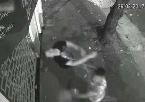 【動画】喧嘩で1発のパンチで人間が殺される瞬間をご覧ください…