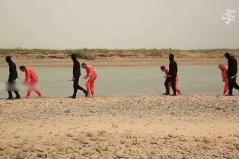 【閲覧注意】イスラム国の最新動画です。覚悟してご覧ください