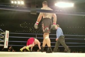 4日前に行われたボクシング、「相手選手を殺してしまった」試合をご覧ください・・・(動画)