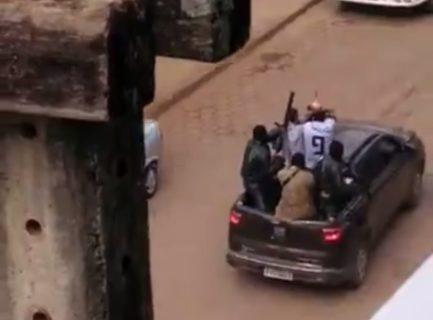 """【閲覧注意】""""ブラジルのスラム街"""" とかいう世界一行ってはいけない場所…(動画)"""