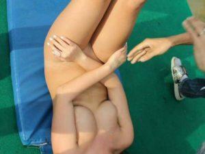 【画像】全裸でバンジージャンプした女、凄い事になる…