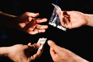 【閲覧注意】10代っぽい少年「麻薬買いませんか? 麻薬買いませんか?」 ⇒ 結果…