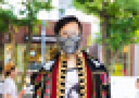 海外サイトで紹介されてた「東京の街中にいるオシャレな日本人」にヤバい奴が混じってる…(画像)