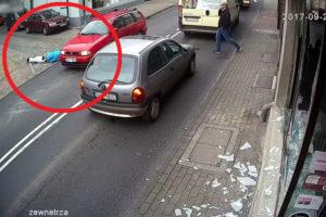 【動画】窓ガラスを割りまくったヤンキー、逃走3秒後に車に轢かれ動かなくなる…