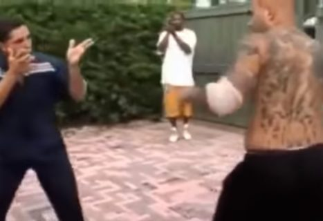 【動画】中国拳法 VS ボクシング、ガチで戦った結果・・・たった3秒で決着してしまう