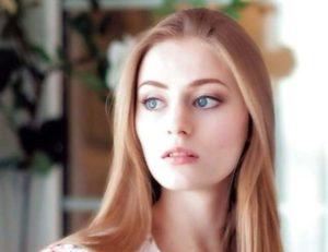 【画像】世界一乳首がキレイな美少女・・・エロすぎだろ・・・(20枚)