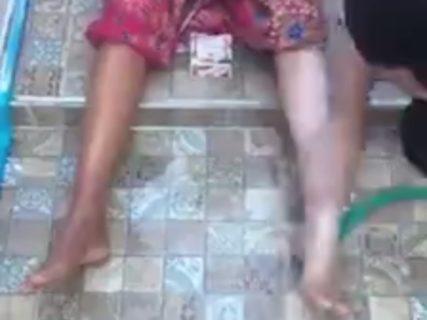 """【動画】アジア人が """"白人になれる石鹸"""" で体を洗った結果・・・マジかよこれ"""