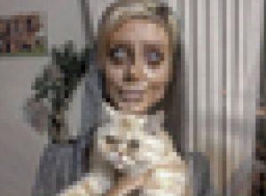 【衝撃画像】今世界で最も話題になってる19歳の女の子がトラウマレベル・・・