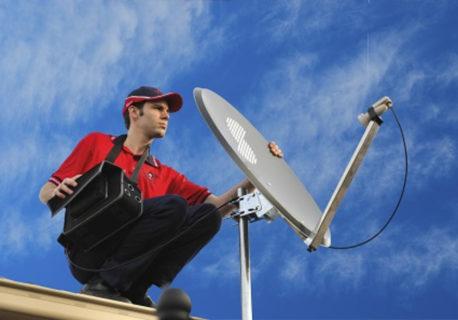 【閲覧注意】アンテナ工事業者さん、我が家の屋根でこうなる…(動画あり)