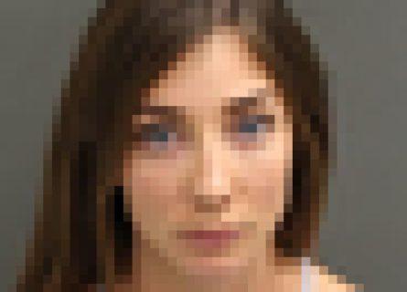 【画像あり】めちゃくちゃ可愛い女が逮捕されるwwwwwww