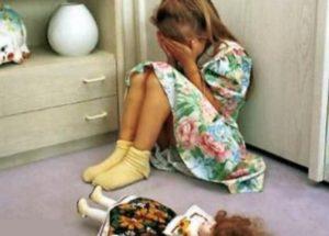 【狂気】幼少期にレ●プされた女の子は、18歳になったらこうなってしまうらしい…(画像あり)