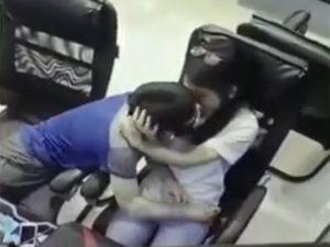 【激写】10代っぽい若いカップル、ネカフェでHな事をしてしまうwwwwww