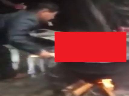 【閲覧注意】生きた犬を沸騰した大鍋に入れた中国人、またやらかす・・・(動画あり)