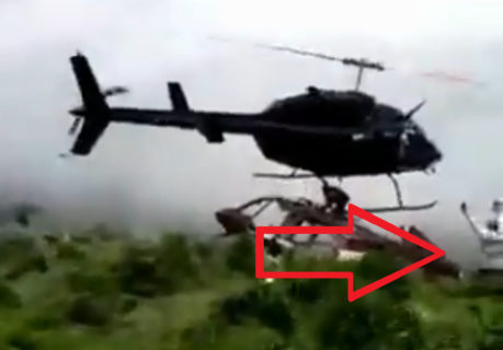 【衝撃映像】ヘリコプターのプロペラで人間が真っ二つになってしまう事故…(動画あり)