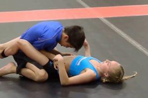 【動画】中学生男女混合寝技選手権をエロい目でしか見れない奴wwwwww