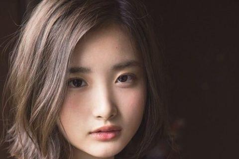 【エロ注意】日本の18歳JKのおっぱいが海外でHすぎると話題にwwwwww