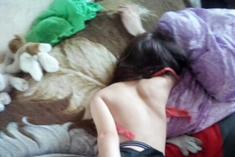 【画像あり】エロいパーティーやった後のロシア人の女の子wwwwww