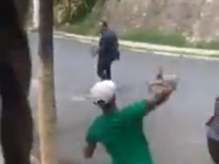 【衝撃映像】大きな石を一回投げただけで人を殺してしまうDQNが話題に