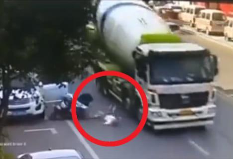 【閲覧注意】世界一運が悪い男の死に方・・・嘘だろ・・・(動画)