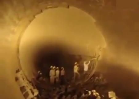 【衝撃】トンネル作業員7人が生き埋めになる30秒動画が怖い…