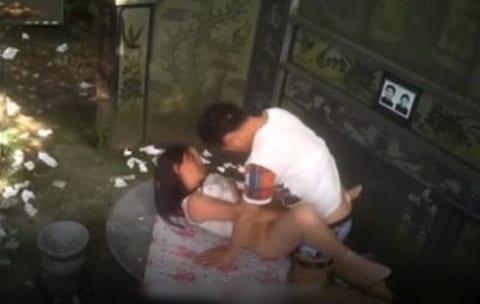 【動画あり】中国の売春女、20秒で男をイカせてしまう・・・・・