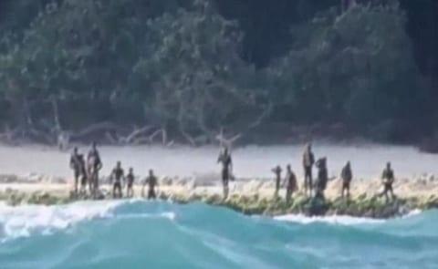 【画像】上陸したアメリカ人が殺害された北センチネル島、ガチでヤバすぎる