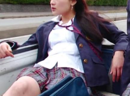 【衝撃映像】高校のヤンキー少女、グラウンドで友達を殺してしまう…(動画あり)