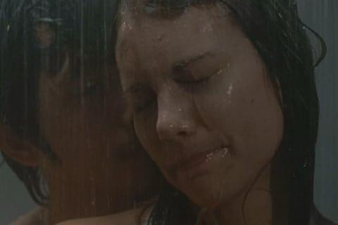 【画像】「ウォーキング・デッド」マギー役の乳首ポロリとヌードがエロいwwww