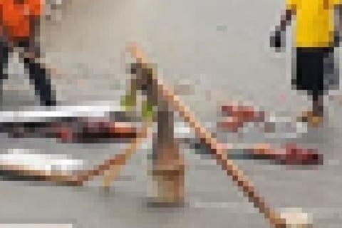 【閲覧注意】道路の真ん中でとんでもない状態の人間が発見され、住民を恐怖に陥れる(画像あり)