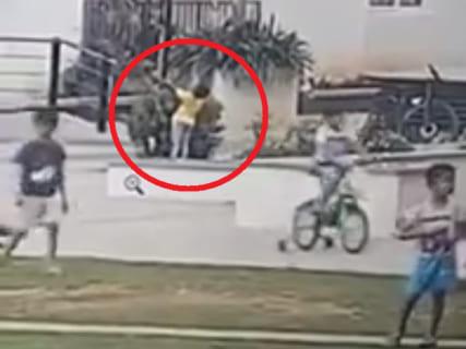 【動画】大勢の子供たちが遊ぶ公園で6歳の男の子が感電死。1分30秒間誰も気付かなかった理由…