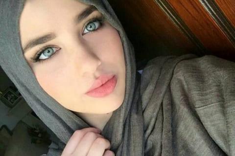 【画像】体を見せると「レ●プされてしまう」イスラム美女の裸、素晴らしすぎる…