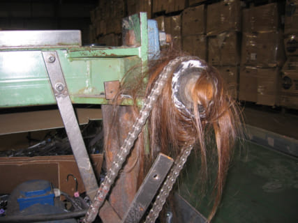 【閲覧注意】工場の女性作業員「あ、機械に髪が!」 ⇒ ぐるぐるぐるぐるブチッ
