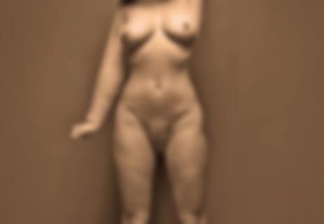 【衝撃】元有名グラビアモデル、39歳になって全裸を披露… これは悲しすぎる…(画像あり)