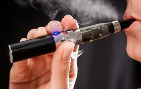 【閲覧注意】電子タバコ、ガチで危険だった・・・・・